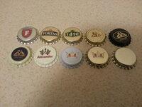 Nenaudoti alaus kamšteliai