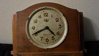 Senas laikrodis (veikiantis)