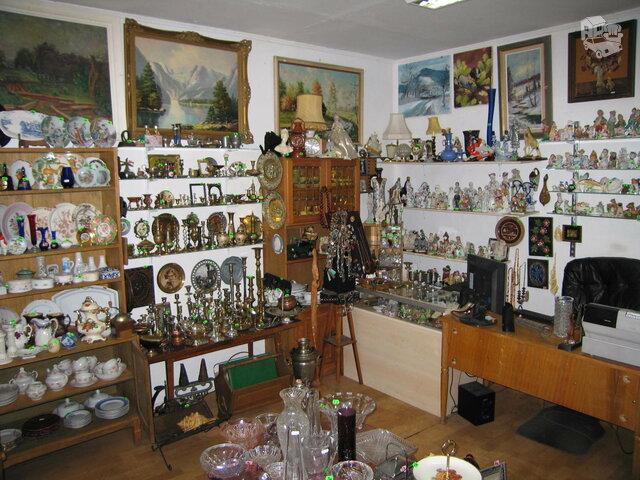 Įvairių senienų svetainė