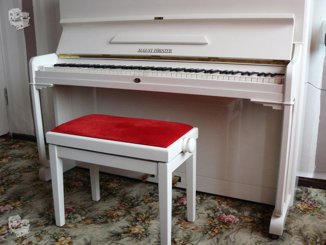 "Baltas (blizgus) ""AUGUST FORSTER"" pianinas (Čekija)"