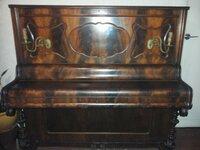 Antikvarinis pianinas