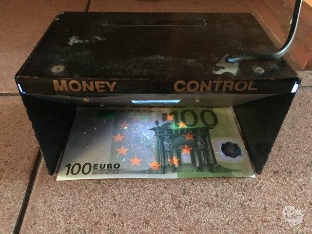 Banknotų tikrintuvas