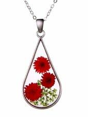 Stikliniai papuošalai su raudonomis lauko gėlėmis