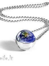 """Papuošalai: pakabukai """"Planeta žemė"""" su grandinėle"""