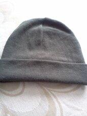 Kepurė chaki spalvos