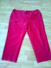 Kelnės raudonos spalvos