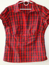 Raudona languota palaidinė-marškiniai