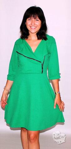 Ryškios žalios suknelės