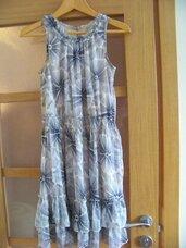 Lengva ir labai graži suknelė