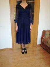 Tamsiai mėlyna proginė suknelė
