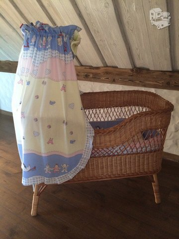 Daili pinta lovytė mažyliui +apsaugėlė+baldakimas su stovu