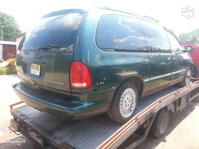 Chrysler Town & Country I