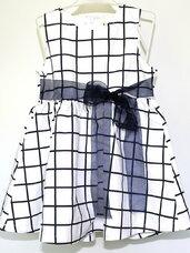 Puošnios suknelės mergaitėms nuo gimimo iki 1 metukų