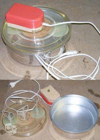 Elektrinis ledų suplakimo aparatas