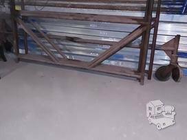 Statybiniai moduliniai pastoliai