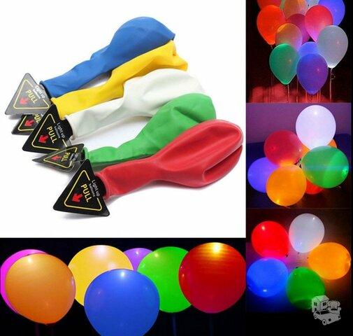 Spalvoti balionai su LED lemputėmis