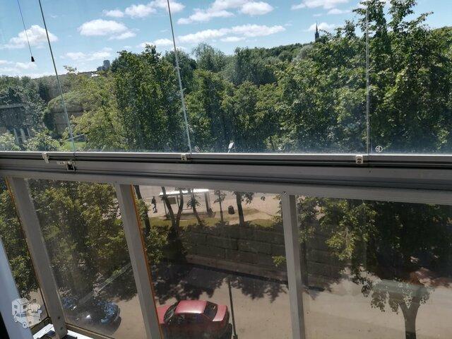 2 kambarių butas Klaipėdoje, Mokyklos