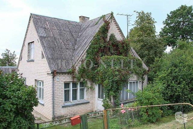 Gyvenamasis namas Pakruojo r. sav., Linkuvoje, Liepų al.