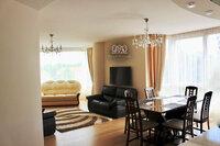 4 kambarių butas Klaipėdoje, Senamiestyje, Taikos pr.