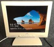 LCD monitorius Adi