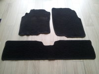 Nissan Almera Tino salono kilimėliai
