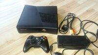 Xbox 360 Slim 250 gb atrištas RGH 2 būdu